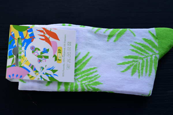 Woven socks with custom logo
